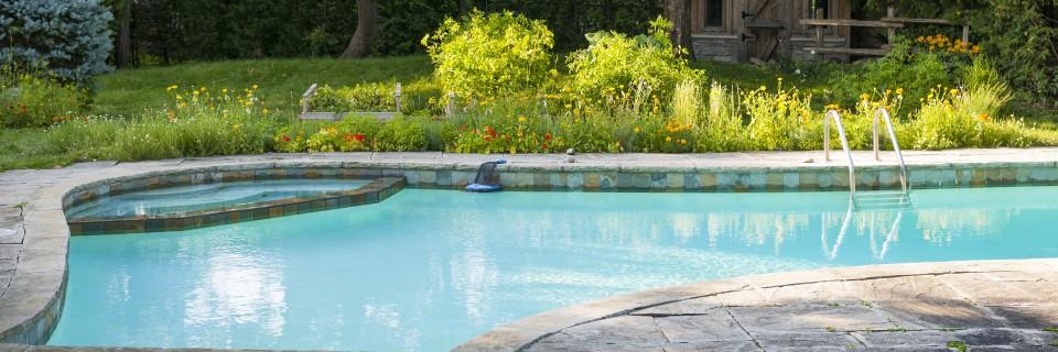 Onze afdeling watertechniek zorgt voor veilig en kraakhelder zwemwater
