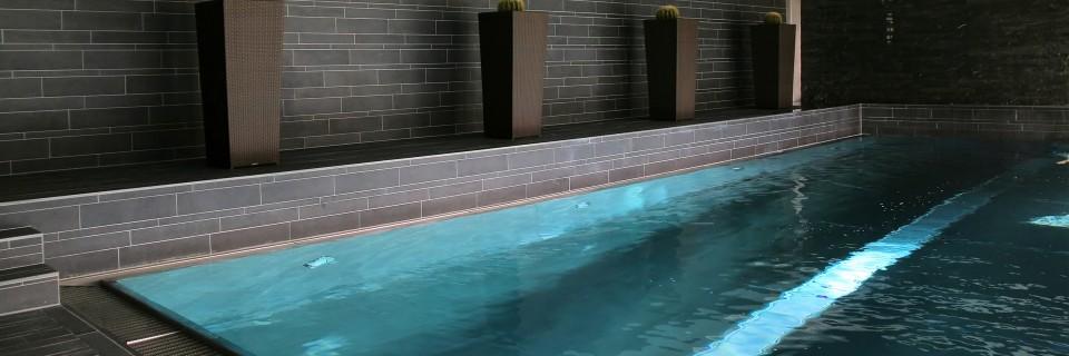 Wij zijn in staat uw zwembad weer geheel in goede staat terug te brengen
