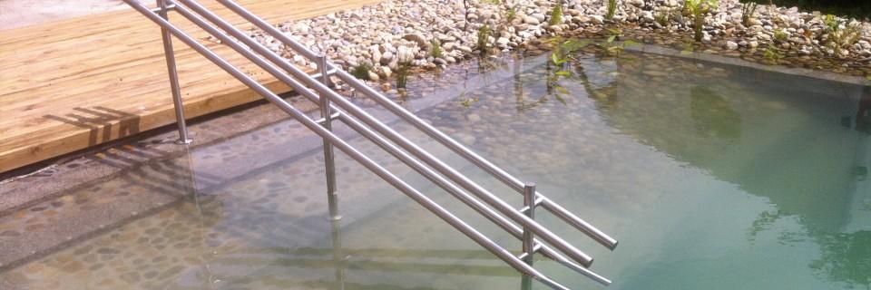Zwemvijvers zijn weer een geheel andere blikvanger in de tuin.Vraag naar de mogelijkheden